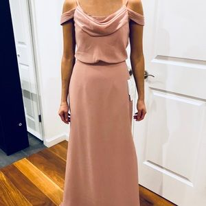 Long gorgeous bridesmaid/wedding guest gown